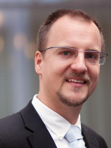 Florian Becker ist Diplom-Psychologe und Professor an der Hochschule Rosenheim.