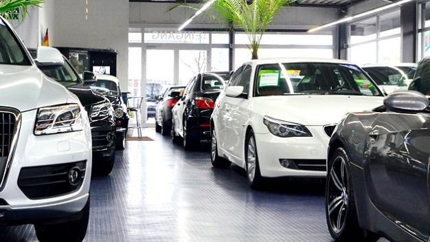 Verkehrte Welt Autos Bleiben Für Kunden Statussymbole Autohändler